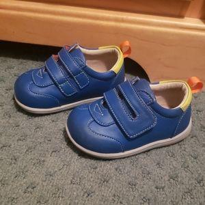 See Kai Run Size 4 Toddler Shoes
